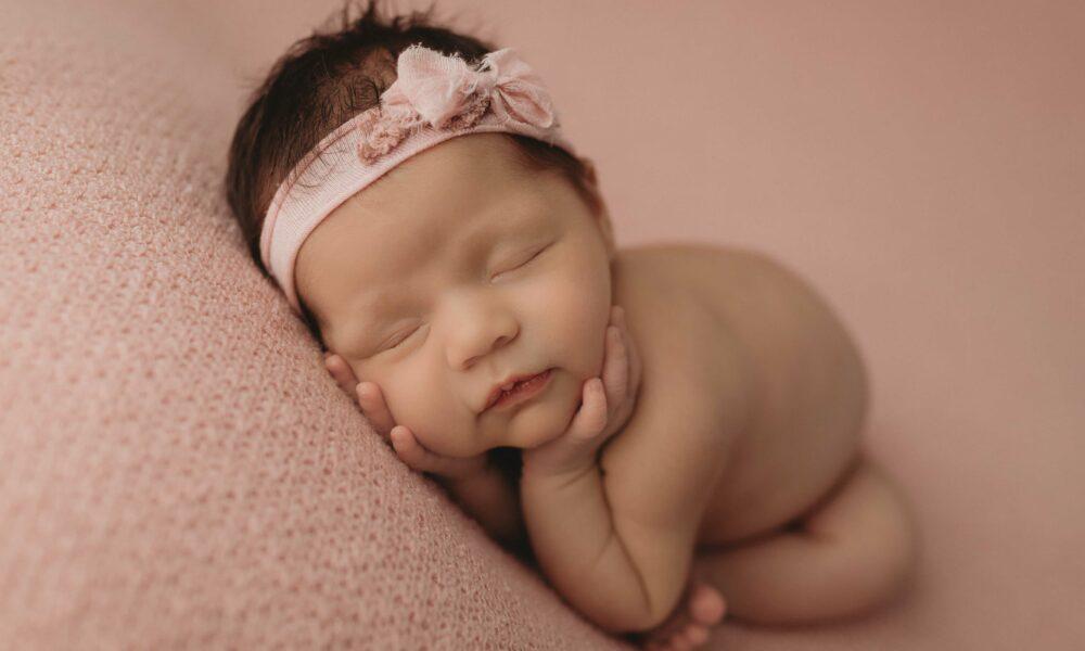 newborn studio photography springfield, IL